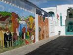 Peintures murales réalisées pendant le festival culturel d'Asilah