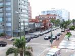 View from the balcony to the right / Vista da sacada para a direita