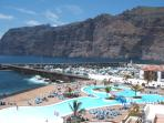 Oasis pool centre at Los Gigantes