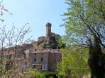 Roccatederighi from the residence / La rocca di Roccatederighi dal residence