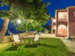 Villa Eora garden