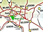 a pochi km.dalla A21 e ad un'ora da Milano e poco più dalle grandi città del nord Italia