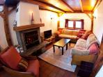 Chalet le Reposoir Living room