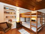 Bedroom en suite with 4 bunk beds