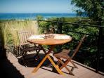 Guesthouse - Breakfast on deck
