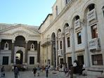 Diocletian's Palace less than 10 min Walk from the Apartment