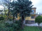 giardino della casa vacanze