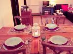 Comedor con mesa extensible para 6-7 personas