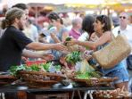 "2 steps away, the ""Avenue de Saxe"" open market every Thursday and Saturday"