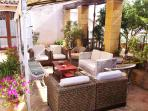 Salotto del cortile centrale - courtyard lounge
