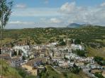 Views over Iznalloz & surrounding mountains