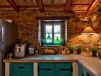 Villa Sancta Maria Motovun - kitchen
