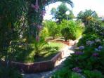 accès aux appartements par le jardin
