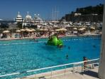 Enjoy the Swimming Pool at the Porte