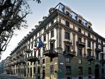 Palazzo di fine 800 a Torino Centro , vicino alla Gam , al Museo di Arti Oreintali, ailo shopping,..