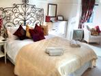 'Alnwick' your sumptuous master bedroom...