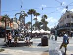 Shopping, cafes, restaurant, etc. at Manly Corso is only 100 meters away