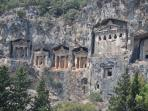 Dalayan Tombs