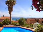 Flat with sea view and swimming pool