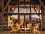 Eagle's Rest - Deck Sitting Area