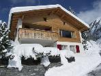 Chalet Im Wieselti - Upper Apartment in Chalet