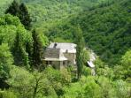 Located in enchanting hamlet just above Lot River