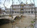 Tiber-romantic walking-5 minutes from home
