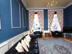 8 m long lounge
