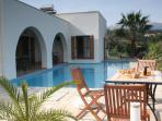 Villa Mia - private villa with wifi & heated pool