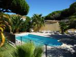PISCINE de 8 M x 4 M SECURISEE