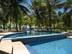 piscine domaine en front de mer.