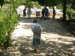 Play boules in the spacious grounds... and drink a pastis !