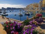 Sliema, direct buses to and fro Qawra