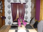 Dining area in House 3 seats 8/10 guests.