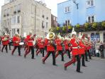 Pageantry of Changing of the Royal Guards, Windsor Castle daily at 11am on Windsor High Street.