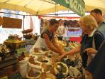 Five Minute Stroll to Collioure Market