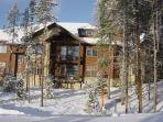 Set amongst forest with several ski in and out options