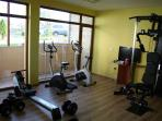 The gym can be used free of charge and is equipped to the standards of professional athletes.