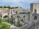 Besalú village, 10 minutes from the house.