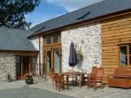 Canoldy Builth Wells cottage with hot tub - 39461