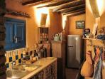 Kitchen view at night: a delight for Foodies!