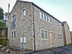 Church View is a luxury holiday let in the centre of Holmfirth with private parking for 2 cars