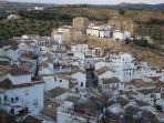 Setenil de las Bodegas - 15 min walk from La Molina through olive groves