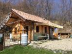 Casetta di legno, isolata, indipendente, completa