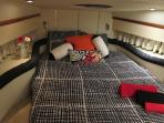 A very confortable double bed in main cabin