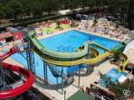 Swimming pool-waterpark