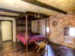 King Size Master Medieval Bedroom