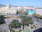 Plaça Catalunya, just 3 minutes walking from the apartment