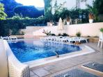 Brand new 60-70sqm high-tech swimming pool with fountain