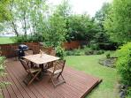 Seating/dining in the garden with BBQ